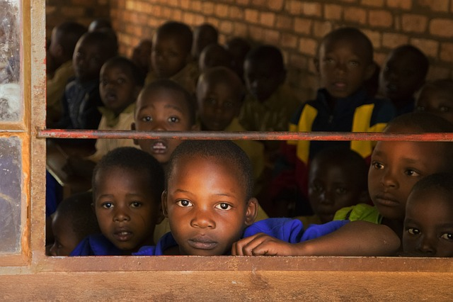 children-in-school-in-Afrika