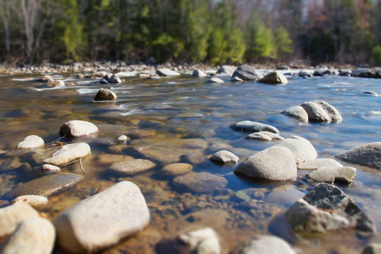 rocks-in-river